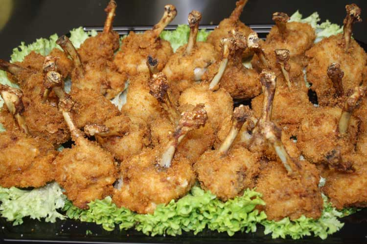 Indonesiches Buffet<br> Ayam Pentul